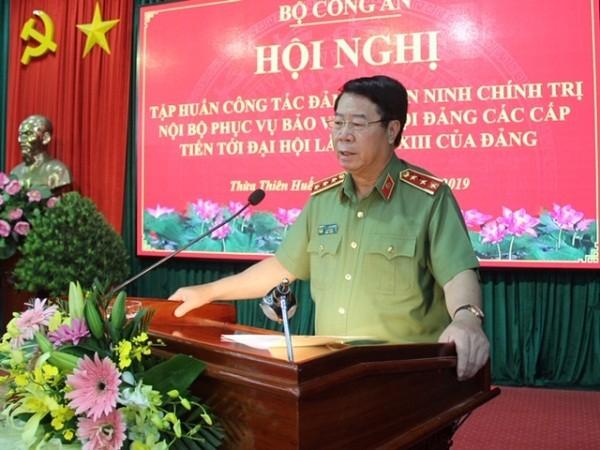 Thứ trưởng Bộ Công an Bùi Văn Nam phát biểu tại hội nghị