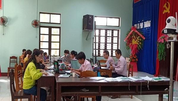 NHCSXH huyện Phú Vang: Điểm sáng trong huy động tiền gửi tiết kiệm