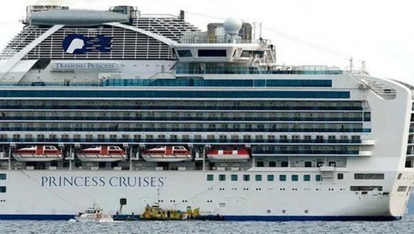 Tàu Diamond Princess từng cập cảng Chân Mây (ảnh A.P)