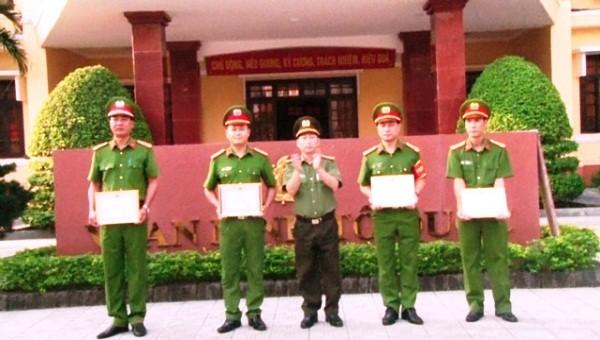 04 tập thể, 32 cá nhân ở Thừa Thiên Huế được khen thưởng trong công tác đảm bảo an ninh trật tự