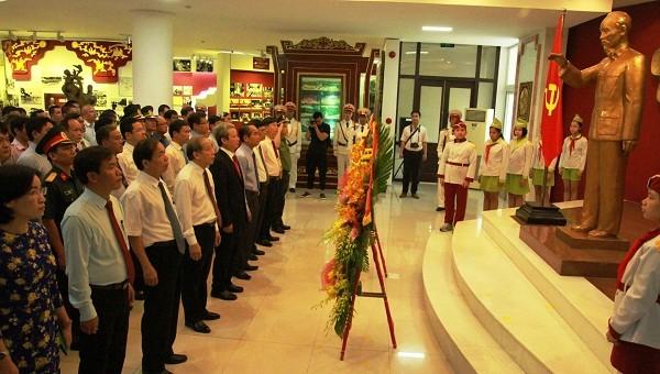 Thừa Thiên Huế tổ chức nhiều hoạt động kỷ niệm 130 năm ngày sinh Chủ tịch Hồ Chí Minh