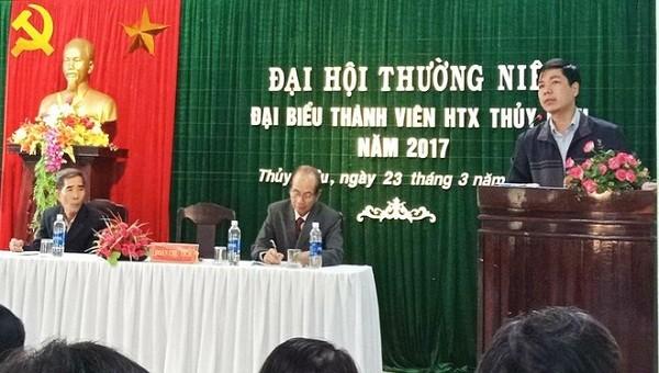 Ông Hoàng Thăng Long  Chủ tịch UBND phường Thủy Biều, TP.Huế phát biểu tại Đại hội thường niên đại biểu thành viên HTX Thủy Biều. (Ảnh: UBND phường Thủy Biều)