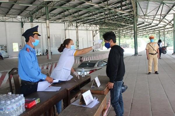 Yêu cầu khách từ Đà Nẵng đến Huế phải khai báo y tế