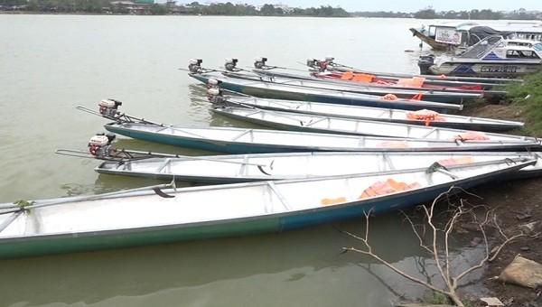 Công an tỉnh Thừa Thiên Huế tiếp nhận thuyền phục vụ phòng, chống thiên tai