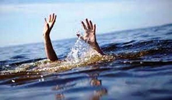 Nam sinh viên tử vong khi bơi ra biển cứu 3 bạn