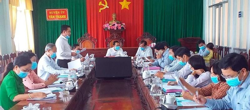 Tỉnh ủy làm việc với Ban thường vụ Huyện ủy Tân Thạnh về công tác chuẩn bị Đại hội Đảng.
