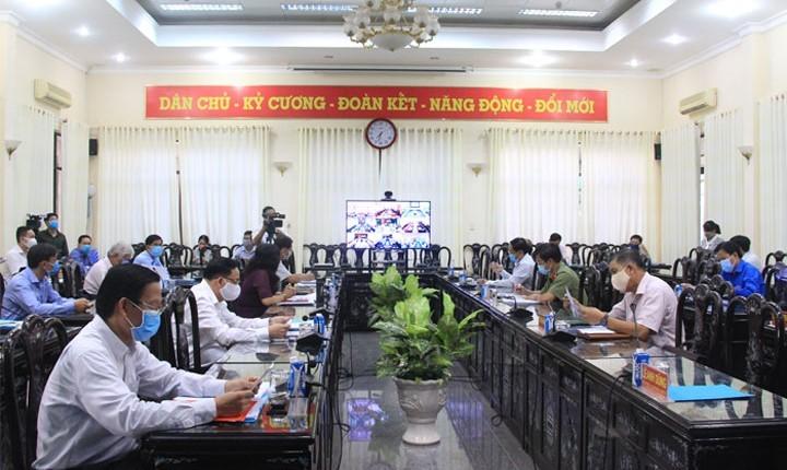 Hội nghị Ban Chấp hành Đảng bộ tỉnh Bến Tre khóa X lần thứ 20 tìm giải pháp để tỉnh bứt phá về đích