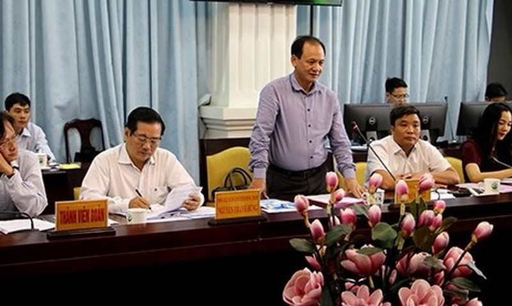 Thứ trưởng Nguyễn Nhât phát biểu tai buổi làm việc. Ảnh: Văn Khương