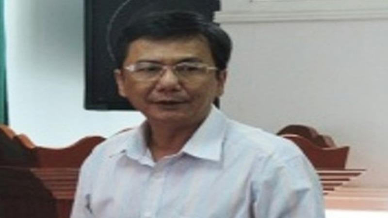 Ông Lê Tấn Thảo khi còn đương chức Phó Chủ tịch UBND huyện Đông Hòa.