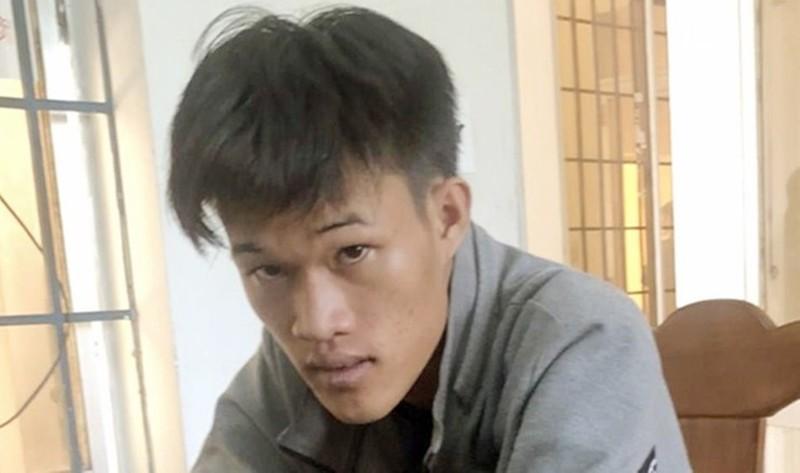 Phạm Kim Phê sau khi bị bắt.