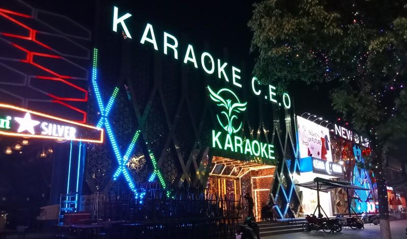 Bình Định, Phú Yên tạm dừng quán bar, karaoke, rạp chiếu phim, các lễ hội