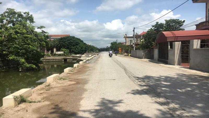 Hưng Yên: Đường giao thông nông thôn vừa đưa vào sử dụng đã xuống cấp, kém chất lượng