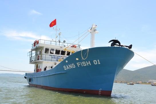 Tàu Sang Fish 01 neo đậu tại sông Hàn