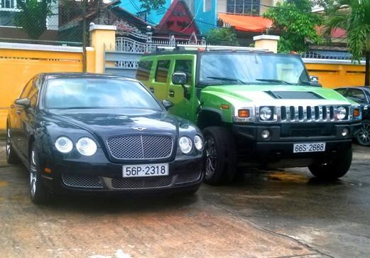 Những chiếc siêu xe vô chủ được bán đấu giá