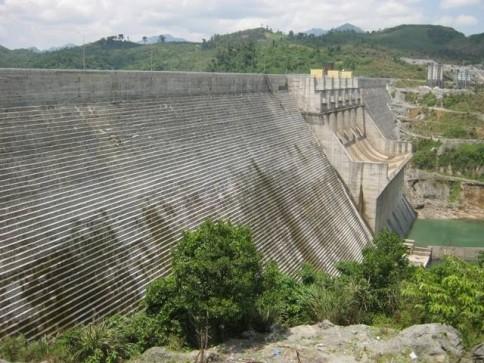 Quảng Nam: Trượt chân xuống đập Thủy điện Sông Tranh 2, một bé trai tử vong