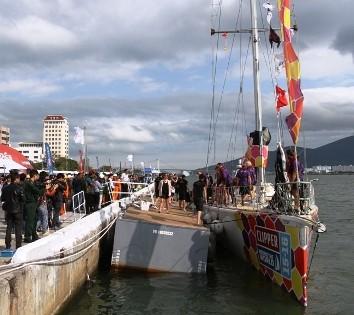Thuyền buồm vòng quanh thế giới đến Đà Nẵng