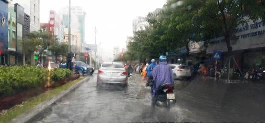 Đà Nẵng có mưa to từ tối ngày 11/9.
