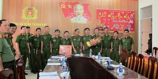 Thưởng 'nóng' lực lượng phá đường dây đánh bạc 'khủng' ở Đà Nẵng