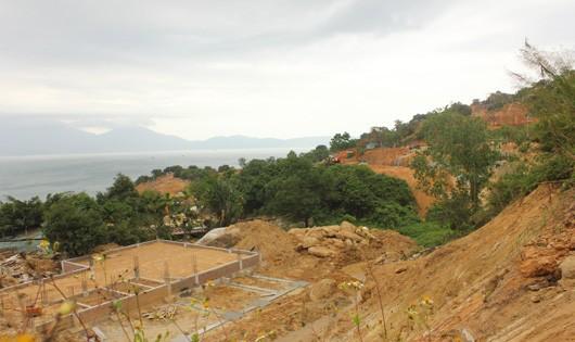 """Quy hoạch bán đảo Sơn Trà khiến nơi đây đang bị """"băm nát""""."""