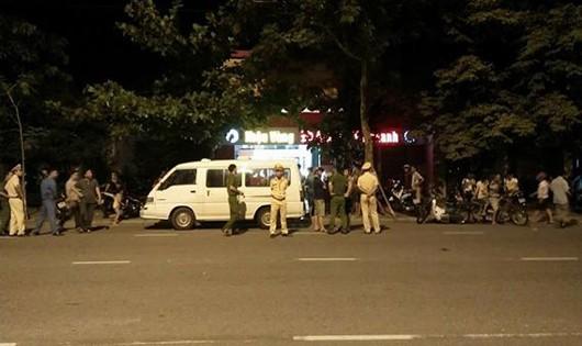 Đà Nẵng: Hàng chục đối tượng xông vào cướp tiệm vàng ban đêm