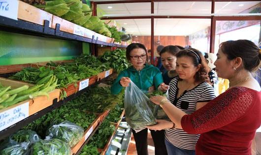 Hội chợ quê hưởng ứng Festival Di sản Quảng Nam