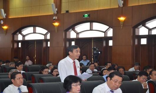 Đại biểu tham gia thảo luận, chất vấn tại Kỳ họp thứ  4 HĐND TP. Đà Nẵng khóa IX