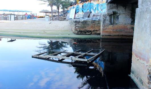 Đà Nẵng: Xử phạt đơn vị thi công công trình khách sạn xả thải ra môi trường