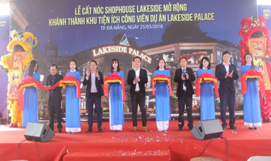 Lễ cất nóc nhà phố thông minh và khánh thành 6 khu tiện ích công viên dự an Lakeside Palace