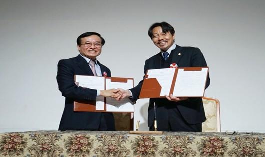 Lễ ký kết tiếp nhận sinh viên Điều dưỡng thực tập nghề hưởng lượng tại Nhật