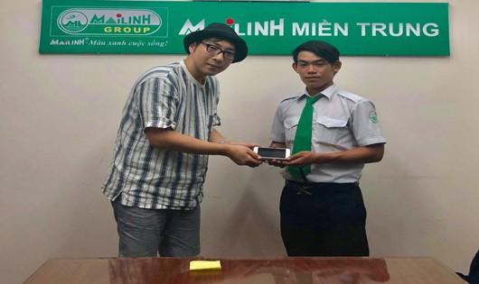 Lái xe Mai Linh Đà Nẵng trả lại tài sản cho du khách nước ngoài