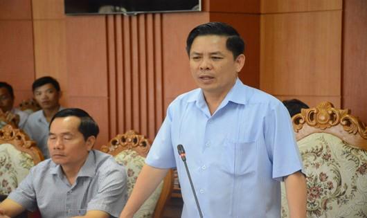 Bộ trưởng Nguyễn Văn Thể làm việc với đại diện 3 tỉnh thành có cao tốc Đà Nẵng- Quảng Ngãi đi qua.