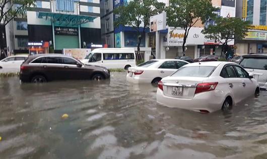 Ngập nước 'lịch sử' ở Đà Nẵng liên quan đến ý thức người dân?