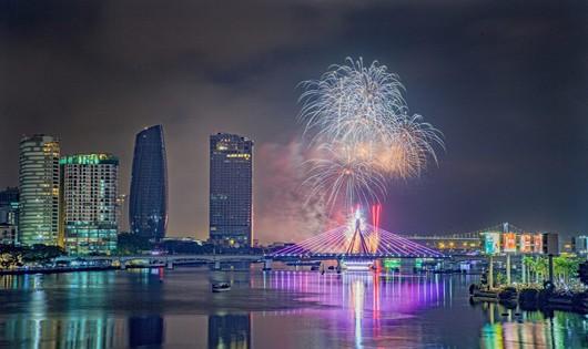 Đà Nẵng bắn pháo hoa vào 2 ngày đầu năm 2019