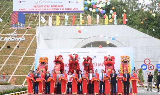 Lễ thông xe hầm đường bộ Cù Mông