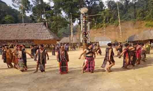 Lễ hội Khai năm tạ ơn rừng của đồng bào Cơ Tu Quảng Nam