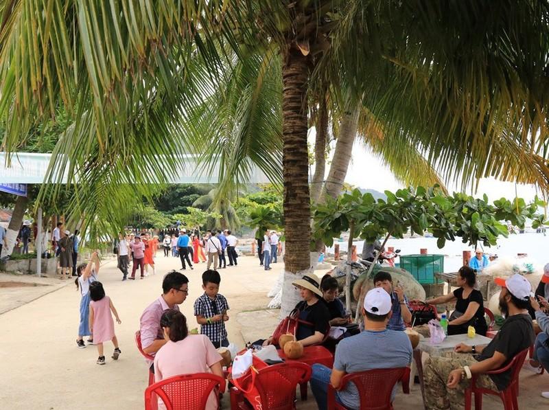 Cù Lao Chàm đón lượng khách lớn dịp Lễ Giỗ tổ