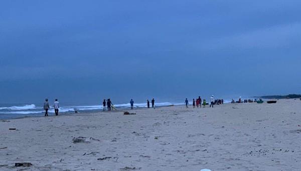 Bãi biển Tân Trà thuộc quận Ngũ Hành Sơn, Đà Nẵng