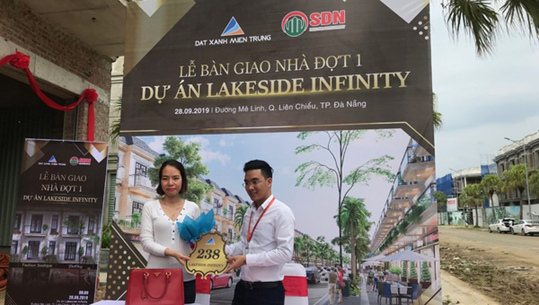 Lễ bàn giao nhà đợt 1 Dự án Lakeside Infinity của Đất Xanh Miền Trung ngày 28/9