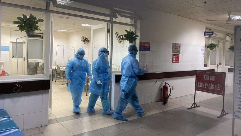 Đà Nẵng khuyến khích người dân dùng dịch vụ công trực tuyến; chọn trường học, bệnh viện để bố trí bệnh viện dã chiến