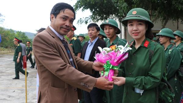 1 trong 15 cô gái tham gia nhập ngũ năm nay tại miền Trung - Tây Nguyên