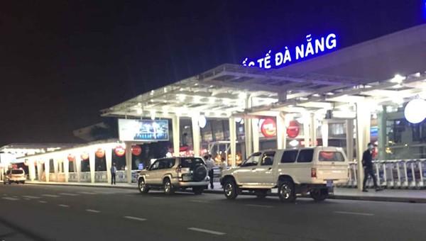 Xe biển xanh Quảng Nam đưa người trong diện cách ly ra sân bay Đà Nẵng?