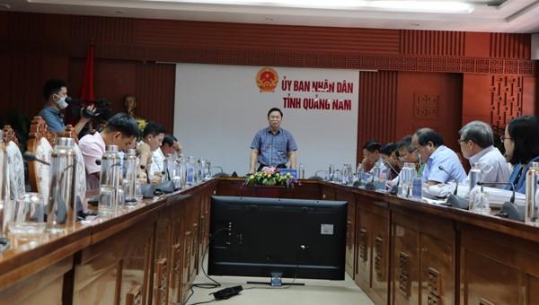 Chủ tịch tỉnh Quảng Nam Lê Trí Thanh vừa ký quyết định thanh tra đột xuất việc mua sắm thiết bị y tế phục vụ công tác chống dịch Covid-19