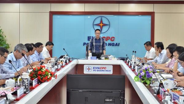 Đoàn công tác EVN, EVNCPC làm việc tại PC Quảng Ngãi