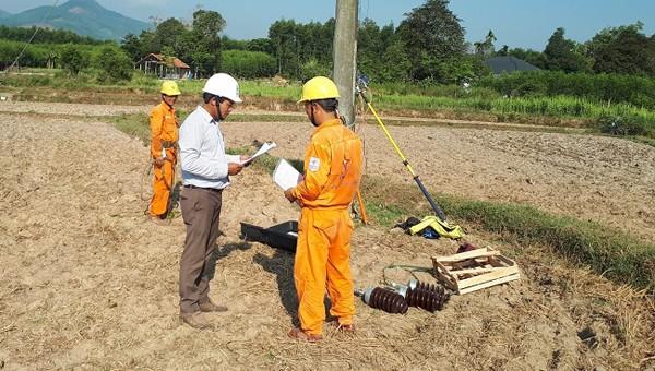 Người cán bộ an toàn điện 20 năm gắn bó với miền núi Quảng Ngãi