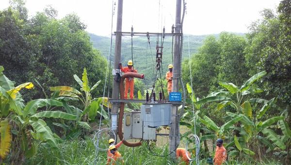 PC Quảng Ngãi: Hoán đổi máy biến áp trên lưới điện, đấu nối thủy điện Kà Tinh