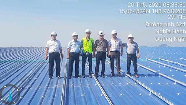 PC Quảng Ngãi: Ra quân xử lý điểm khiếm khuyết trên lưới điện, kiểm tra thi công dự án điện mặt trời