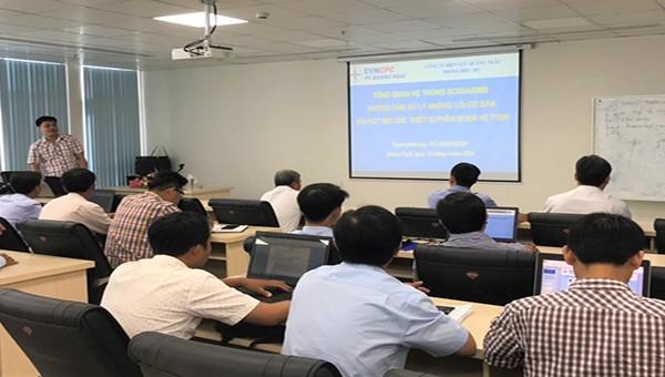 PC Quảng Ngãi: Đào tạo hướng dẫn xử lý sự cố mất kết nối SCADA các thiết bị đóng cắt về trung tâm điều khiển