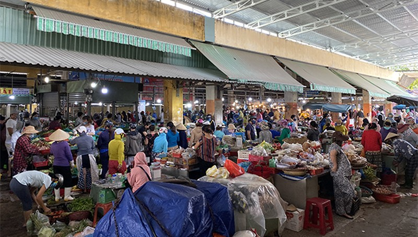 Đà Nẵng yêu cầu siêu thị, chợ cung ứng đủ hàng hóa, bình ổn giá cho người dân