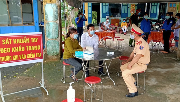 Lịch sử đi lại 8 ca mắc Covid-19 tại Quảng Nam, có 2 học sinh