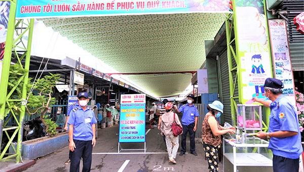 Ngày đầu Đà Nẵng thực hiện đi chợ bằng phiếu quy định chẵn,lẻ